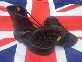"GERMAN PARA BOOTS MK4 GRADE 1  ""WITH NEW VIBRAM SOLE FITTED"""